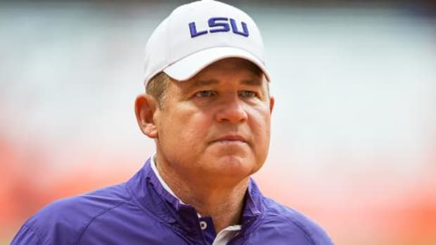 Reports: Les Miles discussed LSU future with boosters -- Image