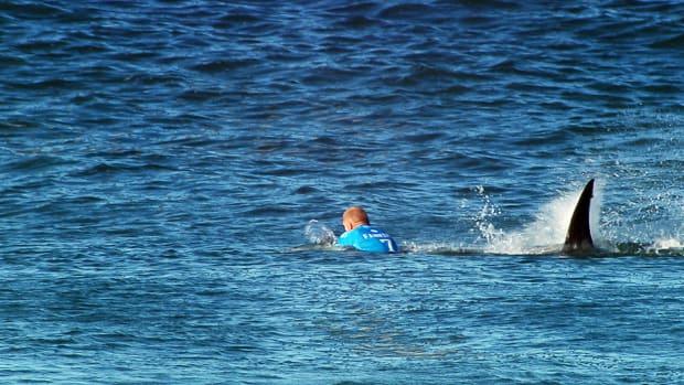 mick-fanning-surfing-shark-attack-960.jpg