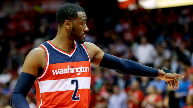 john-wall-wrist-injury.jpg