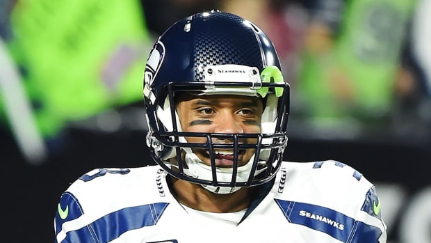 Seahawks, Russell Wilson agree to four-year, $87.6 million deal--IMAGE