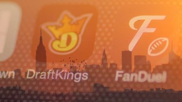 Judge blocks DraftKings, FanDuel from offering contests in New York -- IMAGE