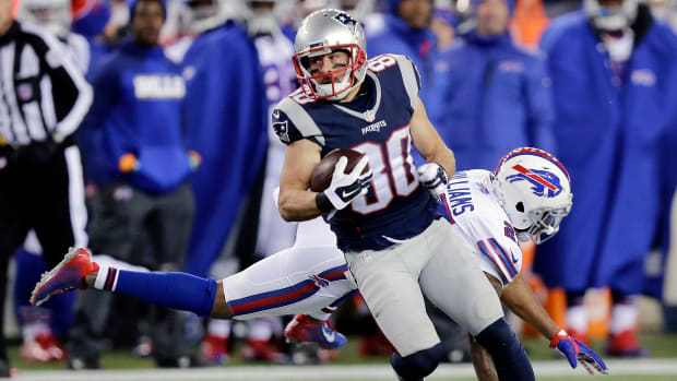 patriots-bills-inadvertent-whistle-amendola.jpg