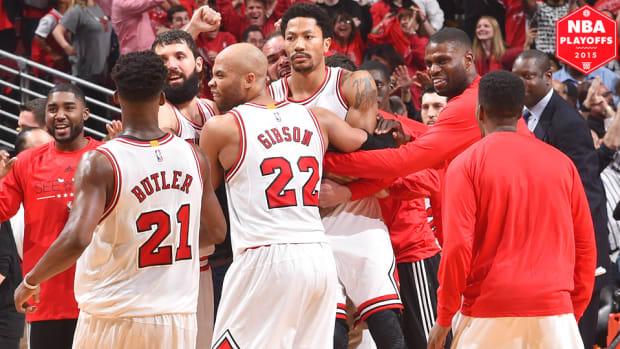 derrick-rose-buzzer-beater-chicago-bulls-cleveland-cavaliers-game-3.jpg
