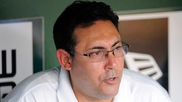 Phillies fire GM Ruben Amaro Jr. IMAGE