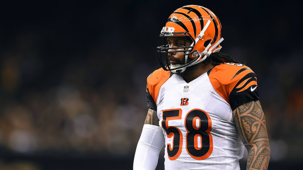 Bengals re-sign Rey Maualuga to three-year deal IMAGE