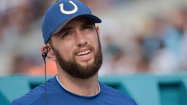 indianapolis-colts-andrew-luck-practice.jpg