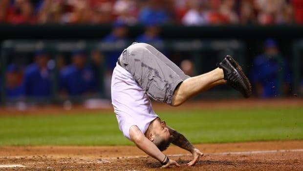 st-louis-cardinals-fan-on-field-video-somersault.jpg