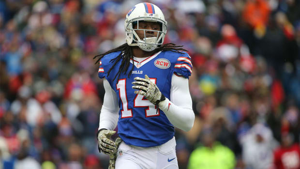 Sammy Watkins frustrated with Bills offense: 'You're making me look bad'--image