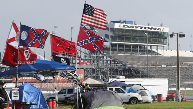 nascar-confederate-flag-daytona-south-carolina-shooting.jpg
