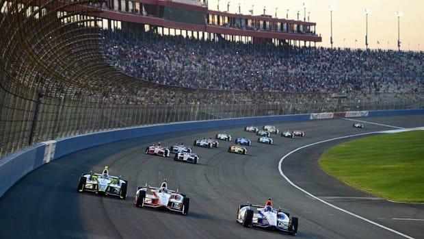 IndyCar-Fontana.jpg
