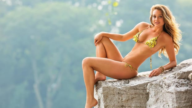 Hannah Davis Hot Clicks