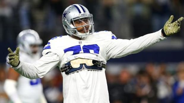Report: Cowboys DE Greg Hardy losing support from team -- IMAGE