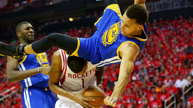 2157889318001_4256382473001_stephen-curry-hard-fall.jpg