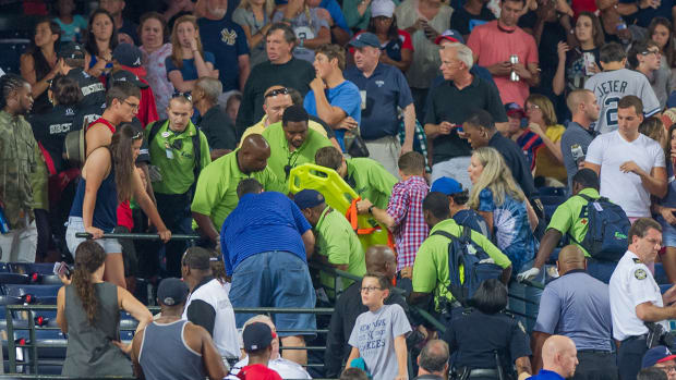 2157889318001_4452829610001_Fan-dies-at-after-fall-at-Turner-Field.jpg