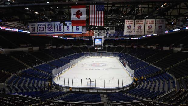 new-york-islanders-nassau-coliseum-layoffs.jpg