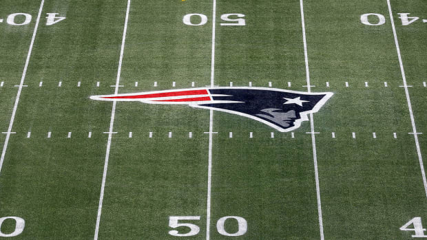 Patriots, SF Giants, Rays sign brief to Supreme Court in support of same-sex marriage IMAGE