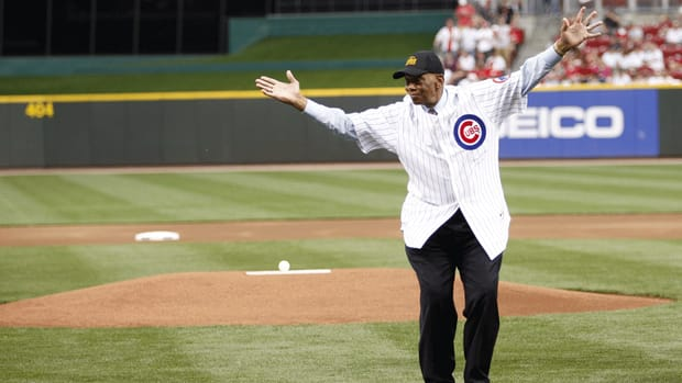 Remembering Chicago Cubs great Ernie Banks