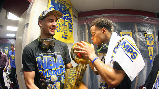 klay-thompson-steph-curry-nba-championship.jpg