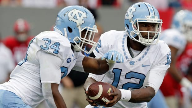 Marquise-Williams-north-carolina-clemson-acc-title-game.jpg