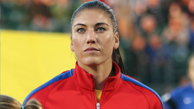 Would US Soccer consider cutting Hope Solo from the USWNT?-image