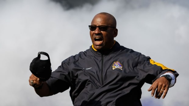 East Carolina players, alums express shock and outrage after Pirates fire head coach Ruffin McNeill