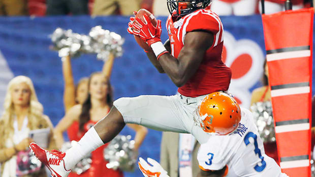 laquon-treadwell-ole-miss-football-team-preview-top-25.jpg