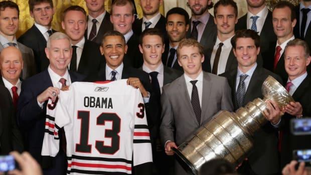 stanley-cup-chicago-blackhawks-barack-obama.jpg