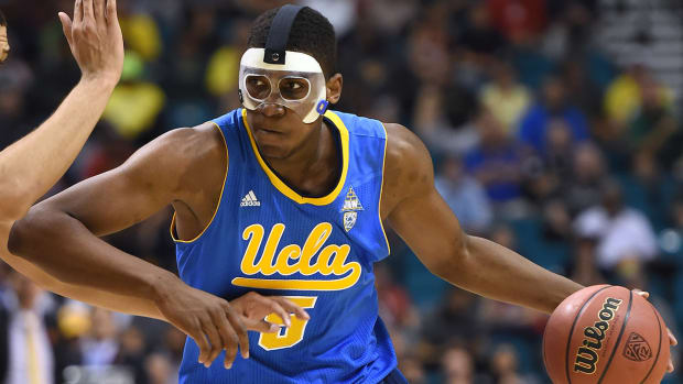 Report: UCLA forward Kevon Looney plans to declare for NBA draft IMAGE