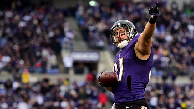 Broncos sign Owen Daniels to three-year deal IMAGE