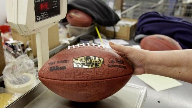 Report: NFL investigating Patriots' locker room attendant IMAGE