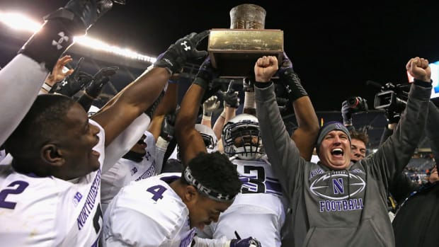 northwestern-college-football-academic-rankings.jpg