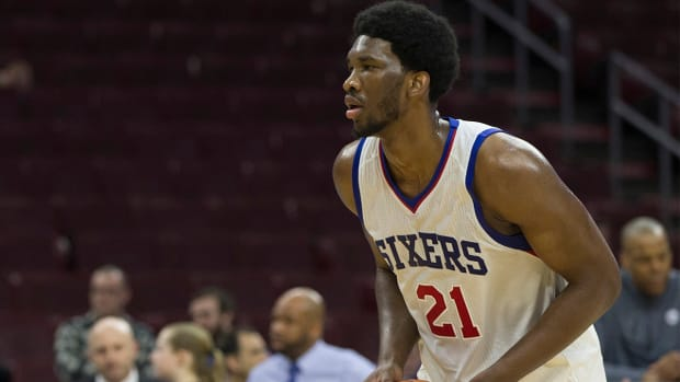 Report: Joel Embiid may not be ready for start of 2015-16 season IMAGE