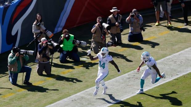 miami-dolphins-jarvis-landry-touchdown-vs-texans-video.jpg