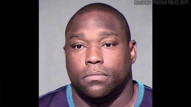 Warren Sapp arrested for soliciting a prostitute, assault IMAGE