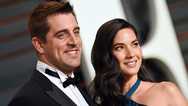 aaron-rodgers-olivia-munn-delilah-syndrome.jpg