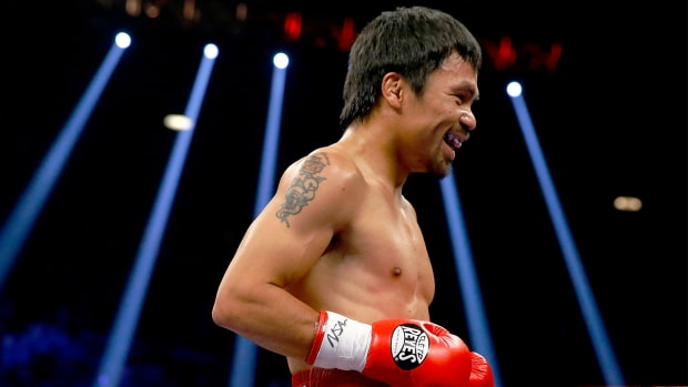 Manny Pacquiao returning to ring, annoyed with Floyd Mayweather--IMAGE