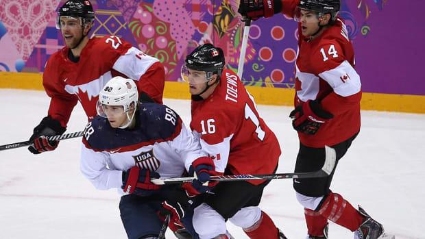 Kane-Toews-Sochi.jpg