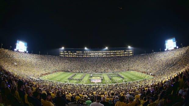 Michigan-stadium-big-house-history.jpg