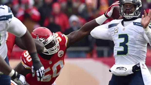 Chiefs sign Justin Houston to reported six-year, $101 million deal--IMAGE