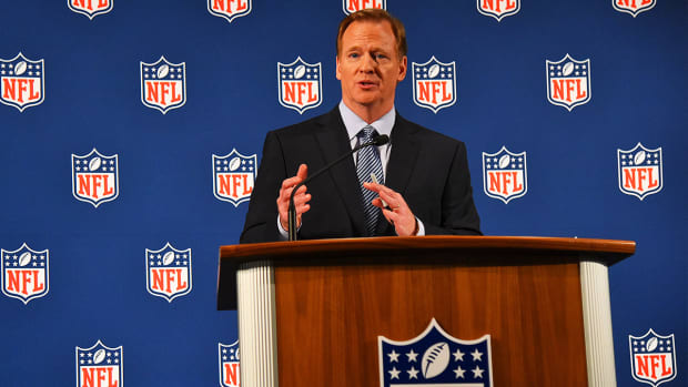 Should Roger Goodell have to give weekly press conferences? - Image
