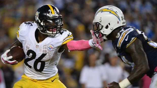 Steelers beat Chargers 24-20 on Monday Night Football - IMAGE