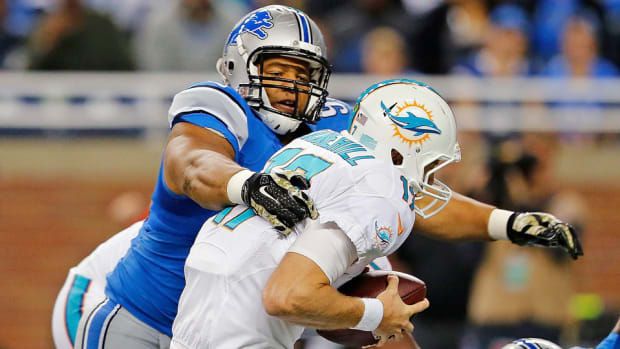 2015-nfl-free-agency-guaranteed-money-ndamukong-suh