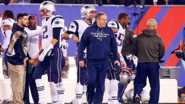 Bill Belichick disappointed over Eagles' firing of Chip Kelly -- IMAGE