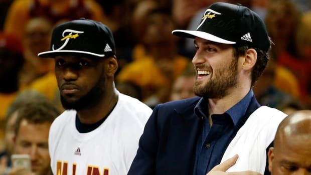 lebron-james-kevin-love-warriors.jpg