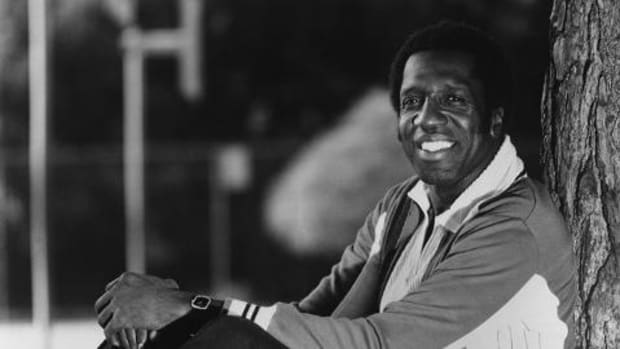 Harlem Globetrotters legend Meadowlark Lemon dies at 83 - IMAGE
