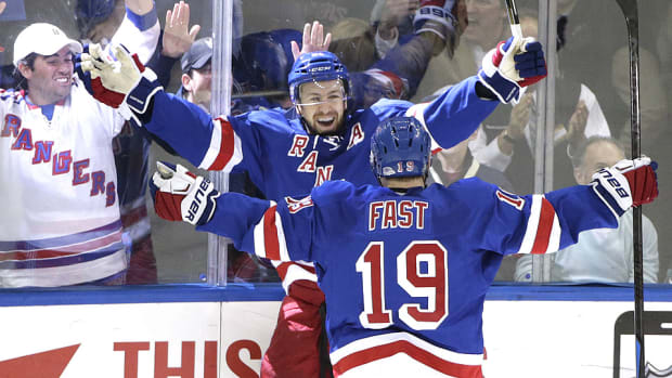 stepan-fast-rangers-celebrate-nhl-lightning.jpg