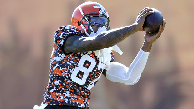 terrelle-pryor-cleveland-browns-wide-receiver-training-camp.jpg