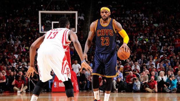 LeBron James, Cavs must stick to Blatt's offense to make a NBA Finals run-image