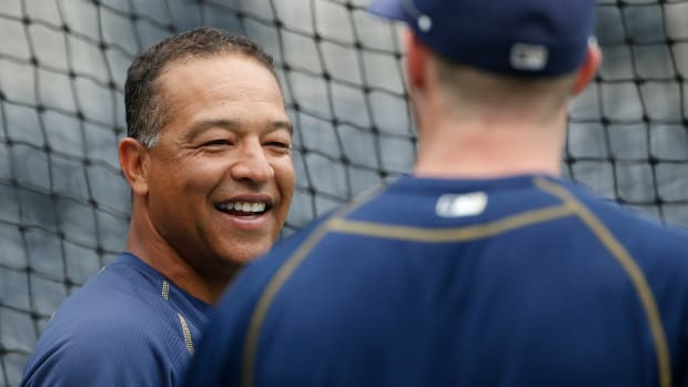 dave-roberts-padres-dodgers-manager-rumors.jpg