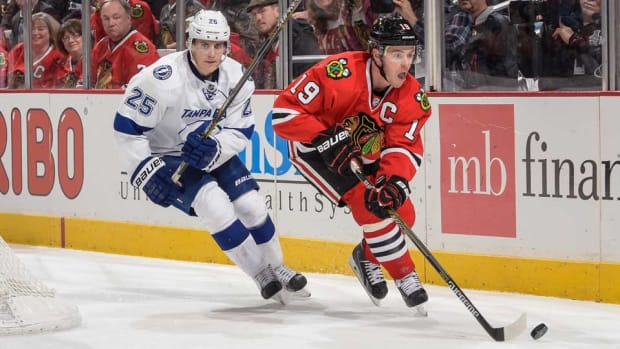 Lightning-Blackhawks-getty.jpg